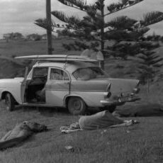 Free-camping-near-Oxley-Beach-1960s
