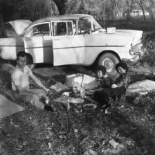 Picnic-party-1960s
